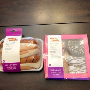 Bundle of 2 felt good items.  Hot dogs & donuts.